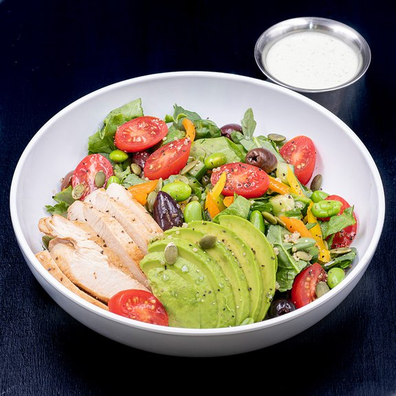 Salad with chicken and avocado